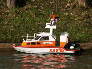 barco teledirigido